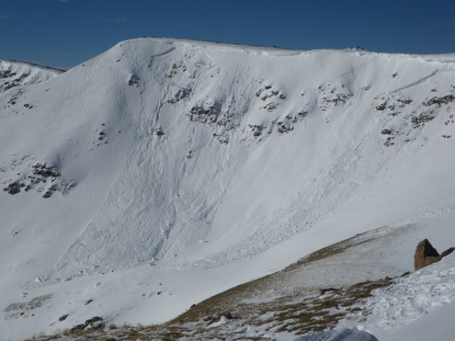 <b>Figure 1:</b> The triggered avalanche is on the left. The avalanche on the right ran prior (possibly cornice triggered), and there is an old crown drifted in between. (<a href=javascript:void(0); onClick=win=window.open('https://avalanche.state.co.us/caic/media/full/acc_41_128.jpg','caic_media','resizable=1,height=820,width=840,scrollbars=yes');win.focus();return false;>see full sized image</a>)