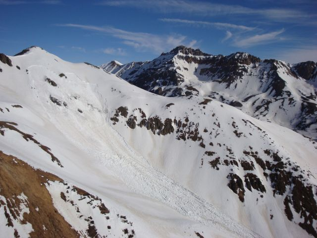 <b>Figure 3:</b> Looking across at the start zone of the avalanche. (<a href=javascript:void(0); onClick=win=window.open('https://avalanche.state.co.us/caic/media/full/acc_463_2802.jpg','caic_media','resizable=1,height=820,width=840,scrollbars=yes');win.focus();return false;>see full sized image</a>)