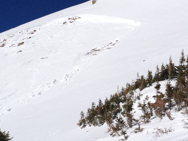 <b>Figure 3:</b> Close up of the crown. Crown height estimated at 3 to 4 feet deep. (<a href=javascript:void(0); onClick=win=window.open('https://avalanche.state.co.us/caic/media/full/acc_489_4251.jpg','caic_media','resizable=1,height=820,width=840,scrollbars=yes');win.focus();return false;>see full sized image</a>)