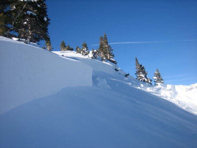 <b>Figure 9:</b> Looking across the crown of a snowmobile triggered avalanche on Ruby Peak. Ruby Range. 1.21.16 (<a href=javascript:void(0); onClick=win=window.open('http://avalanche.state.co.us/caic/media/full/acc_586_11449.jpg','caic_media','resizable=1,height=820,width=840,scrollbars=yes');win.focus();return false;>see full sized image</a>)