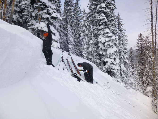 <b>Figure 2:</b> The avalanche broke 3' deep and was 80' wide at the crown and 150' wide mid-path. Photo: GNFAC (<a href=javascript:void(0); onClick=win=window.open('http://avalanche.state.co.us/caic/media/full/acc_618_13867.jpg','caic_media','resizable=1,height=820,width=840,scrollbars=yes');win.focus();return false;>see full sized image</a>)
