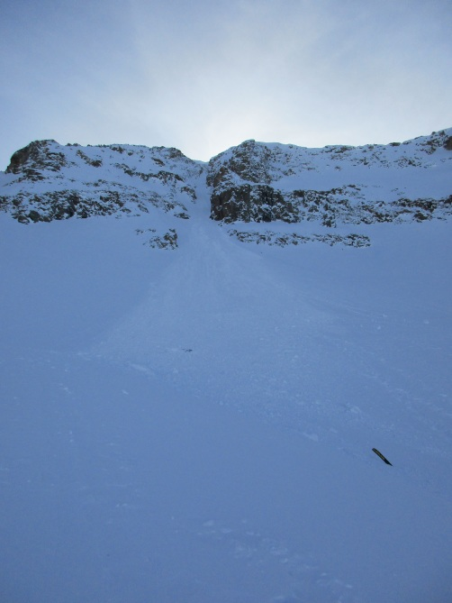 <b>Figure 3:</b> Looking up the avalanche path. Mt Arkansas, Fremont Pass. (<a href=javascript:void(0); onClick=win=window.open('https://avalanche.state.co.us/caic/media/full/acc_662_19802.jpg','caic_media','resizable=1,height=820,width=840,scrollbars=yes');win.focus();return false;>see full sized image</a>)