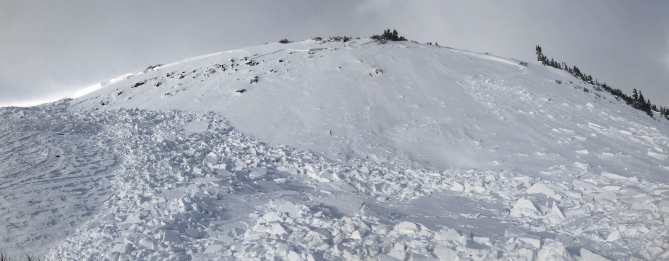 <b>Figure 1:</b> An avalanche that was triggered by a backcountry skier on November 2, 2018. This wind-loaded terrain feature faces east and is at 11,800 feet in elevation. (<a href=javascript:void(0); onClick=win=window.open('https://avalanche.state.co.us/caic/media/full/acc_675_20911.jpg','caic_media','resizable=1,height=820,width=840,scrollbars=yes');win.focus();return false;>see full sized image</a>)