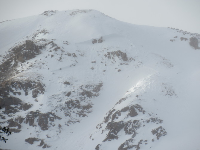 <b>Figure 1:</b> An avalanche on an above-treeline, southeast-facing slope that caught, partially buried and injured a skier north of Jones Pass on December 18, 2018. (<a href=javascript:void(0); onClick=win=window.open('https://avalanche.state.co.us/caic/media/full/acc_681_22044.jpg','caic_media','resizable=1,height=820,width=840,scrollbars=yes');win.focus();return false;>see full sized image</a>)
