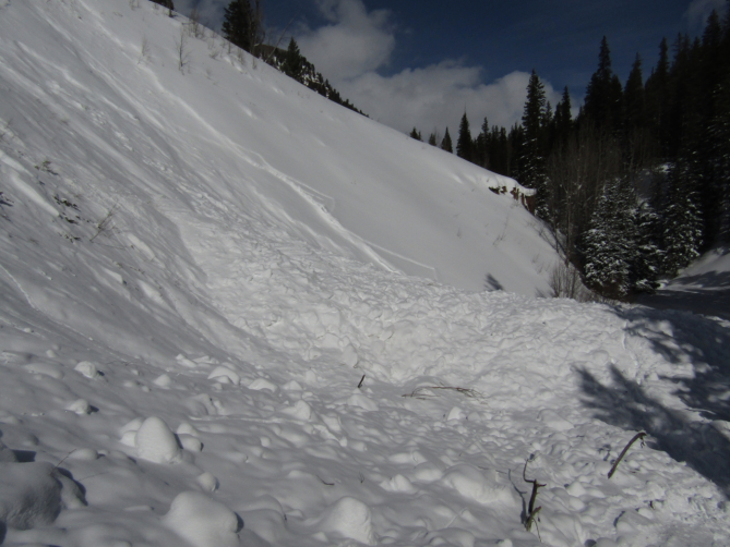 <b>Figure 10:</b> The deepest central channel of debris was over 15 feet deep. (<a href=javascript:void(0); onClick=win=window.open('https://avalanche.state.co.us/caic/media/full/acc_704_24838.jpg','caic_media','resizable=1,height=820,width=840,scrollbars=yes');win.focus();return false;>see full sized image</a>)