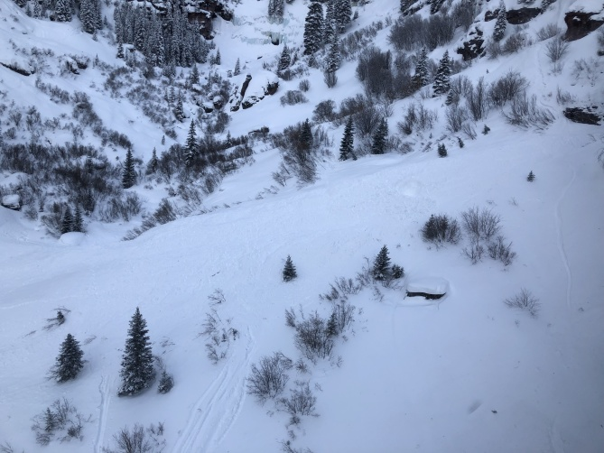 <b>Figure 3:</b> This image shows the avalanche debris in the lower portion of the runout area. Bear Creek February 19, 2019 (<a href=javascript:void(0); onClick=win=window.open('https://avalanche.state.co.us/caic/media/full/acc_705_24717.jpeg','caic_media','resizable=1,height=820,width=840,scrollbars=yes');win.focus();return false;>see full sized image</a>)