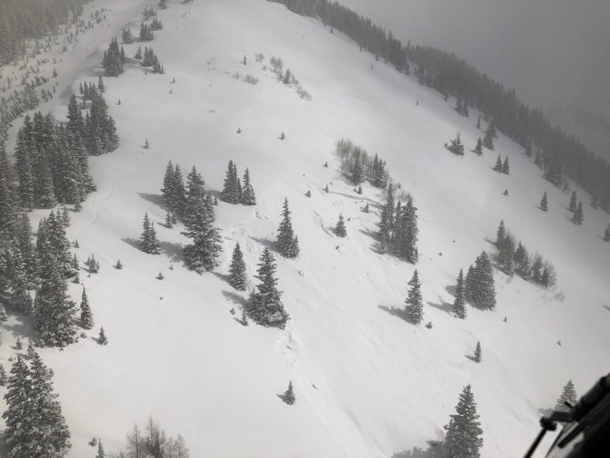 <b>Figure 2:</b> Crown of an avalanche that buried and killed a skier. Photo courtesy Telluride Helitrax (<a href=javascript:void(0); onClick=win=window.open('https://avalanche.state.co.us/caic/media/full/acc_707_25099.jpg','caic_media','resizable=1,height=820,width=840,scrollbars=yes');win.focus();return false;>see full sized image</a>)