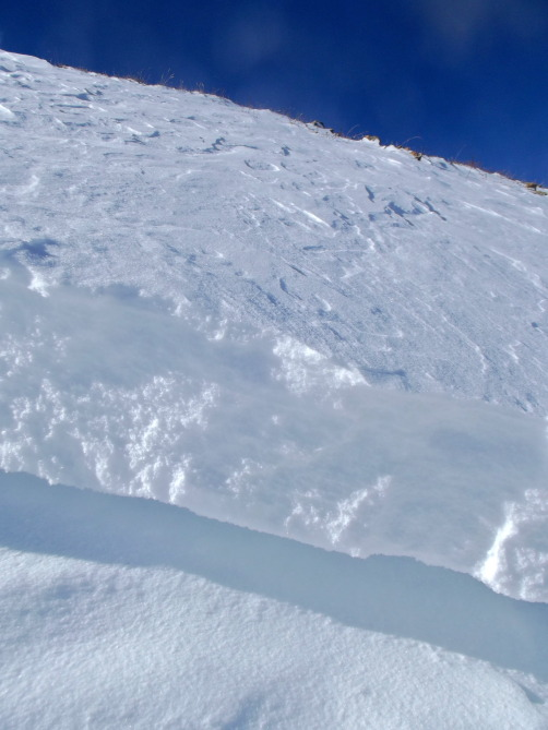<b>Figure 5:</b> New Snow on Fall crust (<a href=javascript:void(0); onClick=win=window.open('https://avalanche.state.co.us/caic/media/full/obs_27897_7965.jpg','caic_media','resizable=1,height=820,width=840,scrollbars=yes');win.focus();return false;>see full sized image</a>)