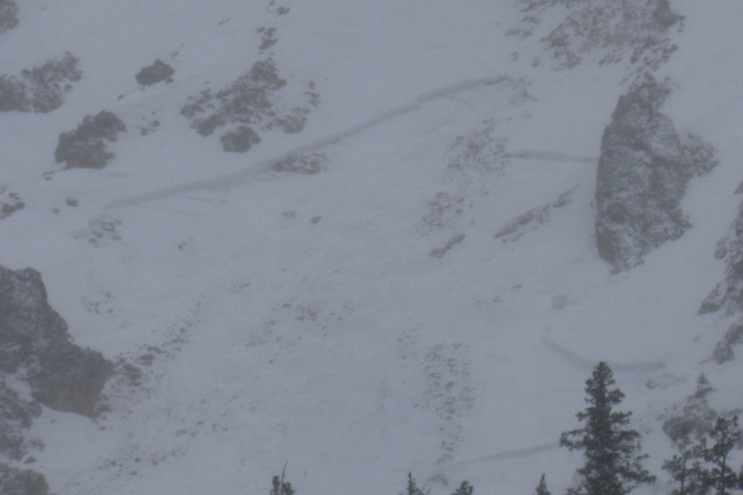 <b>Figure 2:</b> Wet slab avalanche that occurred in the last few days on a steep rocky westerly slope. (<a href=javascript:void(0); onClick=win=window.open('https://avalanche.state.co.us/caic/media/full/obs_41959_13053.jpg','caic_media','resizable=1,height=820,width=840,scrollbars=yes');win.focus();return false;>see full sized image</a>)