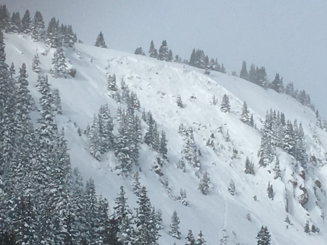<b>Figure 1:</b> This is a skier triggered avalanche on Berthoud Pass in the Front Range zone on 12-11-2016. This was the group's second lap on the same slope. The first rider skied the path without incident. The second rider made three to four turns and the slope released. The skier was able to exit the avalanche without injury. The avalanche is classified as SS-ASu-R2-D2-G. (<a href=javascript:void(0); onClick=win=window.open('https://avalanche.state.co.us/caic/media/full/obs_43141_13712.jpg','caic_media','resizable=1,height=820,width=840,scrollbars=yes');win.focus();return false;>see full sized image</a>)