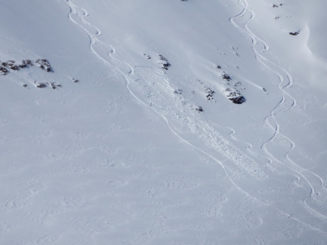 <b>Figure 3:</b> Small skier triggered slide on Mt. Baldy. (<a href=javascript:void(0); onClick=win=window.open('https://avalanche.state.co.us/caic/media/full/obs_49706_18956.jpg','caic_media','resizable=1,height=820,width=840,scrollbars=yes');win.focus();return false;>see full sized image</a>)