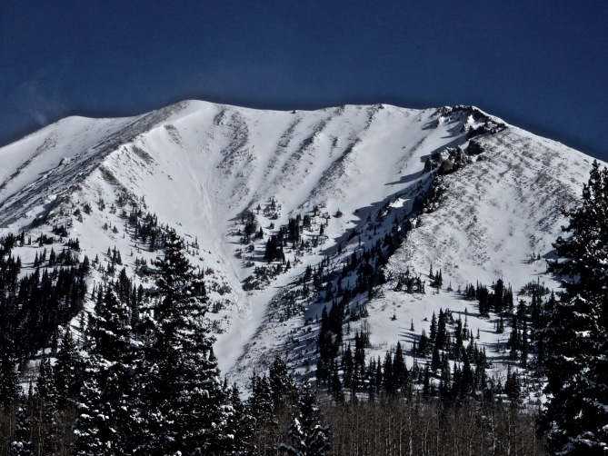 <b>Figure 5:</b> Gothic Mtn. West Face, D2. (<a href=javascript:void(0); onClick=win=window.open('https://avalanche.state.co.us/caic/media/full/obs_49706_18958.jpg','caic_media','resizable=1,height=820,width=840,scrollbars=yes');win.focus();return false;>see full sized image</a>)