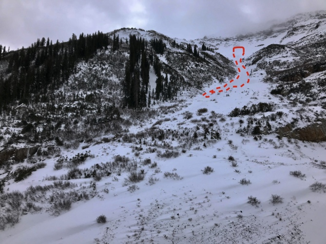 <b>Figure 4:</b> Mt. Baldy Northeast Face, Nov. 3, 2018. Outline of a D2 avalanche that ran 1100' vertical. (<a href=javascript:void(0); onClick=win=window.open('https://avalanche.state.co.us/caic/media/full/obs_51720_20929.jpeg','caic_media','resizable=1,height=820,width=840,scrollbars=yes');win.focus();return false;>see full sized image</a>)