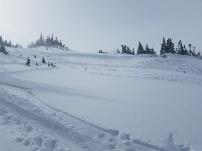 <b>Figure 7:</b> Skier triggered avalanche in Dry Gulch 11/4/2018. Areas like this small wind-loaded slope are the most dangerous right now. (<a href=javascript:void(0); onClick=win=window.open('https://avalanche.state.co.us/caic/media/full/obs_51724_20949.jpg','caic_media','resizable=1,height=820,width=840,scrollbars=yes');win.focus();return false;>see full sized image</a>)