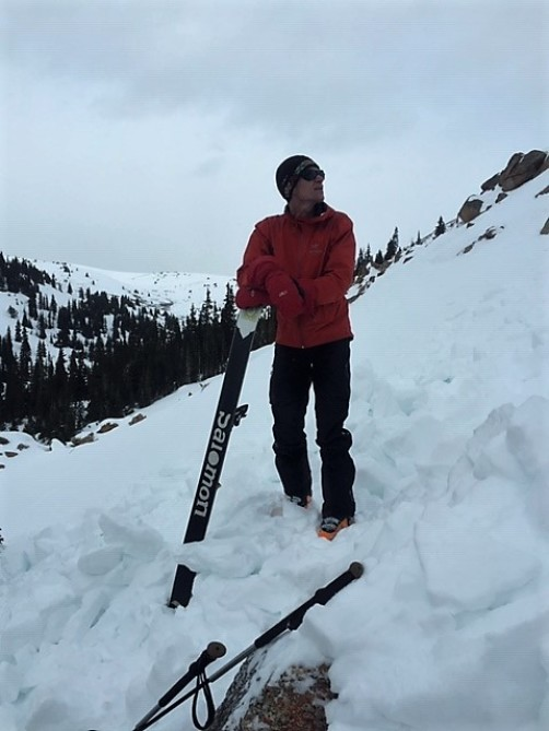 <b>Figure 4:</b> Wind Slab avalanche triggered on a northwest aspect below Taylor Pass. Dec 21, 2018 (<a href=javascript:void(0); onClick=win=window.open('https://avalanche.state.co.us/caic/media/full/obs_52844_22144.jpg','caic_media','resizable=1,height=820,width=840,scrollbars=yes');win.focus();return false;>see full sized image</a>)