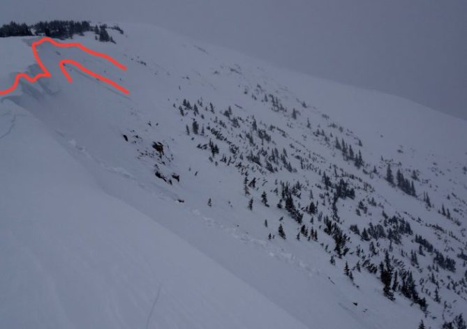 <b>Figure 2:</b> Second avalanche triggered from ridge, NE, 11,600' (<a href=javascript:void(0); onClick=win=window.open('https://avalanche.state.co.us/caic/media/full/obs_53342_22741.jpg','caic_media','resizable=1,height=820,width=840,scrollbars=yes');win.focus();return false;>see full sized image</a>)