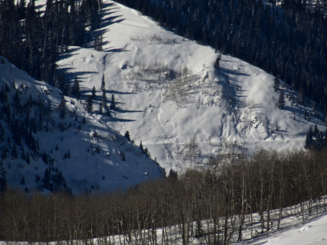 <b>Figure 15:</b> Wolverine Basin, near Gunsight Pass road (<a href=javascript:void(0); onClick=win=window.open('https://avalanche.state.co.us/caic/media/full/obs_53424_22854.jpg','caic_media','resizable=1,height=820,width=840,scrollbars=yes');win.focus();return false;>see full sized image</a>)