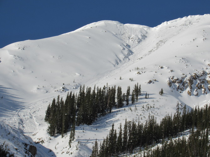 <b>Figure 5:</b> Star Mountain C. Avalanche date unknown but after 4/30/19 (<a href=javascript:void(0); onClick=win=window.open('https://avalanche.state.co.us/caic/media/full/obs_56561_26691.jpg','caic_media','resizable=1,height=820,width=840,scrollbars=yes');win.focus();return false;>see full sized image</a>)