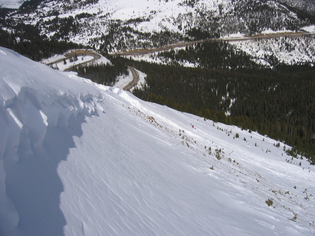 <b>Figure 3:</b> Fracture line profile along skiers left flank (<a href=javascript:void(0); onClick=win=window.open('https://avalanche.state.co.us/caic/media/full/obs_7674_1039.jpg','caic_media','resizable=1,height=820,width=840,scrollbars=yes');win.focus();return false;>see full sized image</a>)