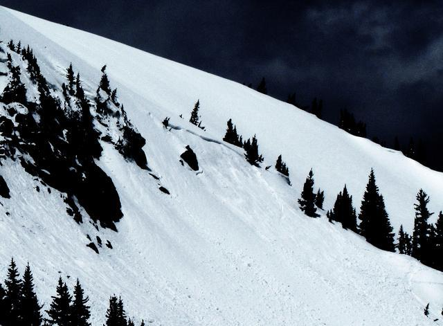 <b>Figure 3:</b> Nitro, an East aspect, triggered by a snowboarder, who was carried in the slide the whole way but ended up on the surface and appeared, from the distance, to be fine.  It happened at 9:15 am.  The rest of the numbers are just my best guess.  50 foot wide crown.  Crown maybe 18&quot; deep.  It slid 150' vertical.  Started at roughly 11,600'.  R2-D2. (<a href=javascript:void(0); onClick=win=window.open('https://avalanche.state.co.us/caic/media/full/obs_8797_1277.jpg','caic_media','resizable=1,height=820,width=840,scrollbars=yes');win.focus();return false;>see full sized image</a>)